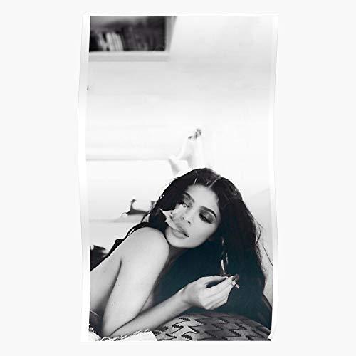 ZHONGYANYANYANYAN Monochrome Poster Kylie Chilling Jenner