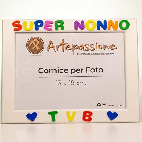 Cornici per foto in legno con la scritta Super Nonno TVB e decorata con cuoricini, da appoggiare o appendere, misura 13x18 cm Bianca. Ideale per regalo e ricordo.