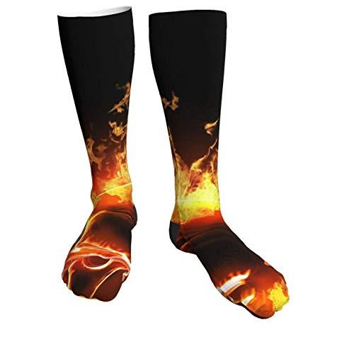 Socken mit Totenkopf, brennendes Feuer, coole Totenköpfe, Winter, modische Socken, weich, warm, gemütlich, lässig.