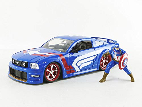 Marvel 1:24 2006 Ford Mustang Die-cast Car with 2.75' Captain America Figure, Toys for Kids and Adults