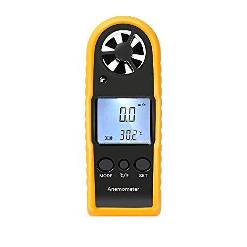 Proster Digitales Anemometer LCD Anzeige mit Hintergrundbeleuchtung Windmesser Windchill Anzeige ℃ / F Temperaturanzeige Thermometer Windmessgerät für Windsurfen Segeln Wandern und Andere Aktivitäten im Freien -Gelb