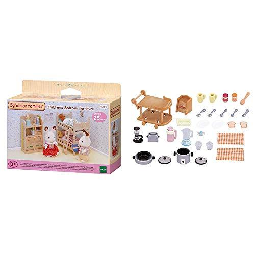 SYLVANIAN FAMILIES Children's Bedroom Furniture Mini muñecas y Accesorios, (Epoch para Imaginar 4254) + Animales Set Utensilios para Cocina (Epoch para Imaginar 5090)