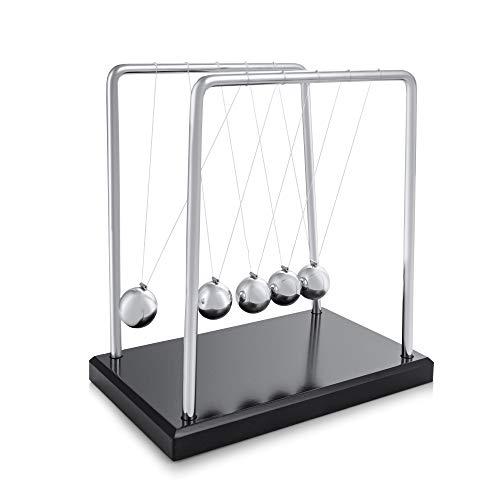 Newton Kugelstoßpendel - Kugelspiel - 5 Kugeln Pendel - Kugelpendel für Schreibtisch - Newton Pendel 19cm hoch auf Sockel aus Holz, Newton Wiege mit Rahmen und Kugeln aus Stahl von hoher Qualität
