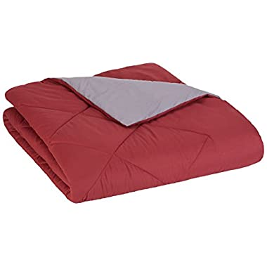 AmazonBasics Reversible Microfiber Comforter - Full/Queen, Burgundy