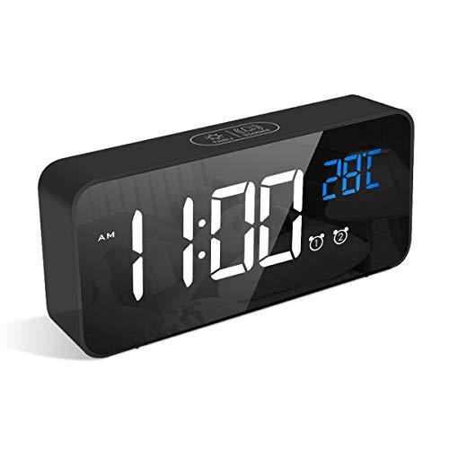 LATEC Réveil Numérique, Alarm Réveil LED avec Fonction Snooze, Charge des Ports USB (Noir)
