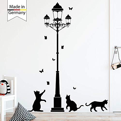 Wandtattoo Loft Wandaufkleber Straßenlaterne mit Kätzchen und Schmetterlingen / 49 Farben / 145 x 188 cm / schwarz