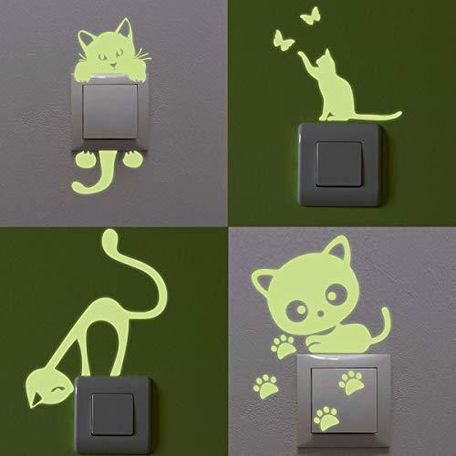 4 pegatinas fosforescentes de gatos, interruptor y enchufe.
