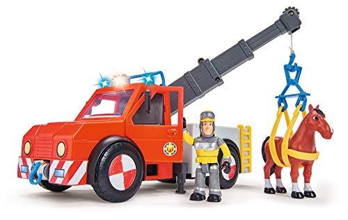 Simba 109258280 - Feuerwehrmann Sam Phoenix mit Figur und Pferd / 23cm / Mit Sam Figur und Pferd / Ausfahrbarer Kran / Mit Blaulicht