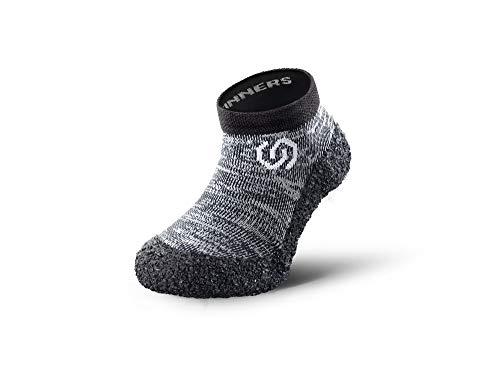 Skinners | Minimalistische Unisex Barfußschuhe für Kinder | Minimalist Barefoot Socks/Shoes | (Granitgrau (weißes Logo), size 28-29)