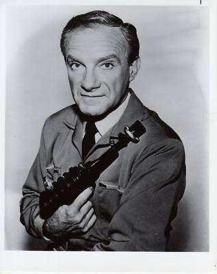 PHOTO B7081 Jonathan Harris Lost In Space