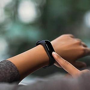 Xiaomi Mi Band 3 - Pulsera de actividad, Pantalla 0.78'' full OLED táctil, Notificaciones, Sumergible 50m, Mide calorías, pasos y sueño, Negro
