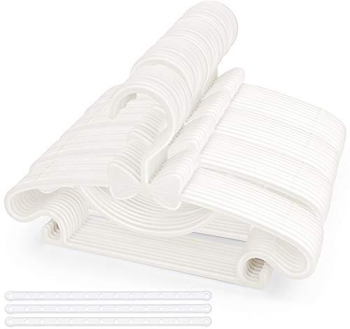 Perchas para bebé, 40 unidades de perchas de plástico antideslizantes, ultra delgadas, color blanco con 3 correas de plástico, perchas para ropa de bebé y niños pequeños