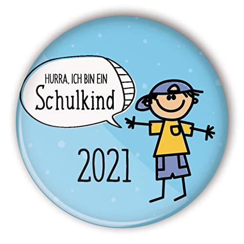 stylebutton® großer Button Anstecker Pin Schulkind Geschenk für Schulanfang Einschulung 56 mm (#7 Hurra Junge hellblau)
