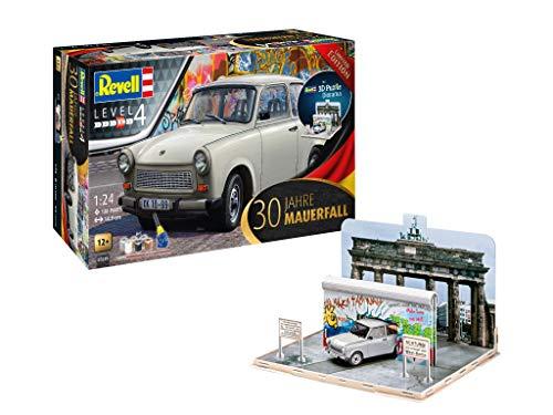Revell REV-07619 Geschenkset 30 Jahre Mauerfall, Jubiläumsset, Auto-Modellbausatz und 3D-Puzzle Diorama mit der Berliner Mauer 1:24 Other License Toys, 22x26,5x31,5 cm