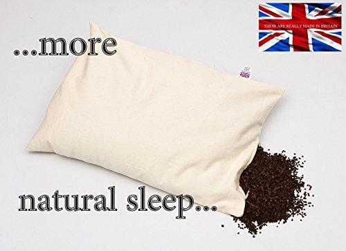 Almohada de cáscara de sarraceno orgánica, mayor tamaño de 71x 43cm, y peso de 3,6kg. Tu almohada habitual es de tanta utilidad como una bolsa de papel en una tormenta.