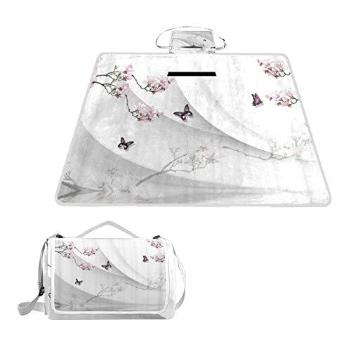 XINGAKA Couverture de Pique-Nique,Sakura Plum Butterfly Animal décoratif Fond Blanc arrière,Tapis Idéale pour Plage Jardin Parc Camping