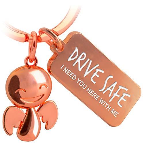 FABACH Schutzengel Schlüsselanhänger Happy mit Gravur - Niedlicher Auto Schlüsselanhänger mit Botschaft aus Metall für Autofahrer - Geschenk Glücksbringer Auto Führerschein - Drive Safe
