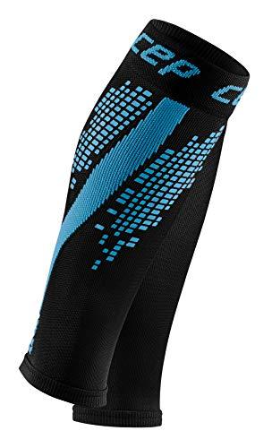 CEP – NIGHTTECH Calf Sleeves Redesign für Herren   Bunt reflektierende Beinstulpen in blau   Größe III