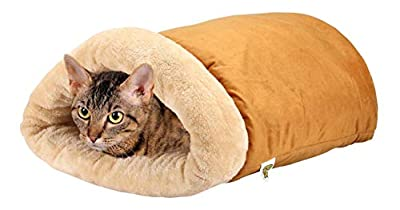 the four in one magasin cat bed, looks like a cat in a sleeping bag
