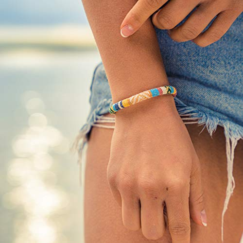 Made by Nami Boho Surfer-Armband Damen & Herren - Handmade Strand Festival Accessoires - Ethno Hippie Style Schmuck - 100% Wasserfest & Verstellbar - Freundschaftsarmbänder Bunt Mädchen R (Gelb)