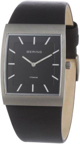 BERING Herren Analog Quarz Titanium Collection Armbanduhr mit Kalbsleder Armband und Mineralglas 11233-402