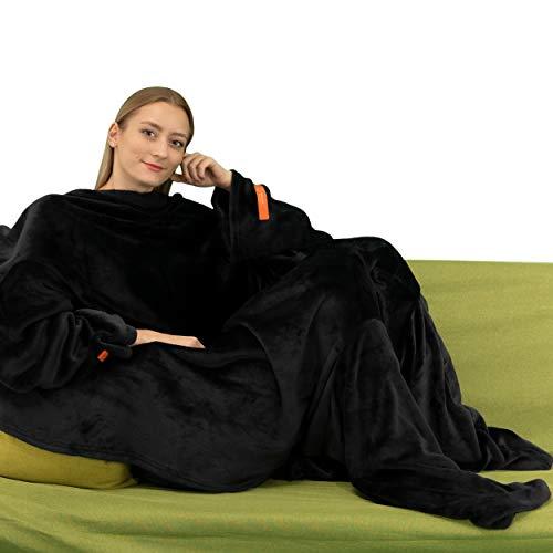 Tragbare Kuscheldecke mit Ärmeln. Weich und warm für Couchfans. Zwei Größen mit elastischen Armen und Klettverschluss (Schwarz mit Ärmeln und Fußwärmer, 140 x 180 cm)