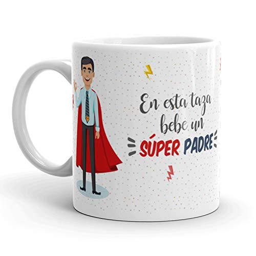 Kembilove Taza de Café para Padre – Aquí Bebe un Super Padre – Taza de Desayuno para Familia – Regalo Original Tazas Familiares para Cumpleaños, Navidad, Aniversarios – Taza de Cerámica Papá d