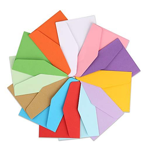120 sobres pequeños de colores con tarjetas de visita en blanco