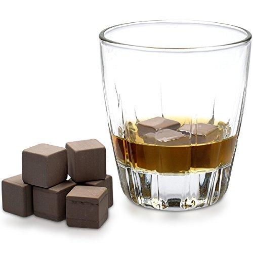 Navaris 9X Whisky Steine aus Granit - Kühlsteine Set Whiskey Stones - Eiswürfel für Rum Scotch Getränke - Whiskeysteine mit Holzbox und Samtbeutel - 4