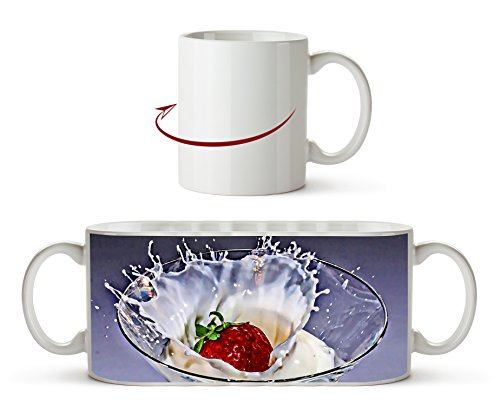 kleines Cocktailglas mit Erdbeere und Sahne Effekt: Zeichnung als Motivetasse 300ml, aus Keramik weiß, wunderbar als Geschenkidee oder ihre neue Lieblingstasse.