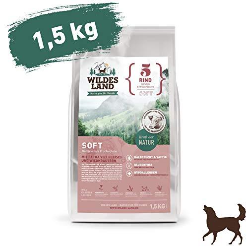 Wildes Land | Halbfeuchtes Trockenfutter für Hunde | Nr. 5 Rind | 1,5 kg | mit Reis und Wildkräutern | Glutenfrei | Extra viel Fleisch | Soft Alle Hunderassen | Beste Akzeptanz und Verträglichkeit
