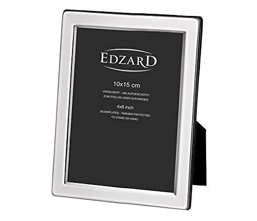 EDZARD Bilderrahmen Salerno für Foto 10 x 15 cm, edel versilbert, anlaufgeschützt, mit Samtrücken, inkl. 2 Aufhängern, Fotorahmen zum Stellen und Hängen