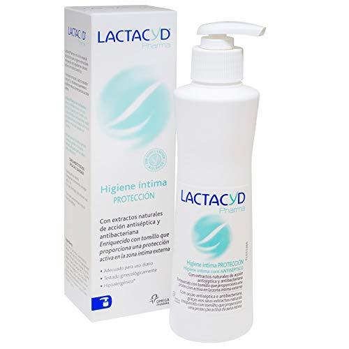 Lactacyd Pharma Protección - Con extractos naturales de acción antiseptica y antibacteriana, enriquecido con tomillo que proporciona una protección activa en la zona íntima externa, 250 ml