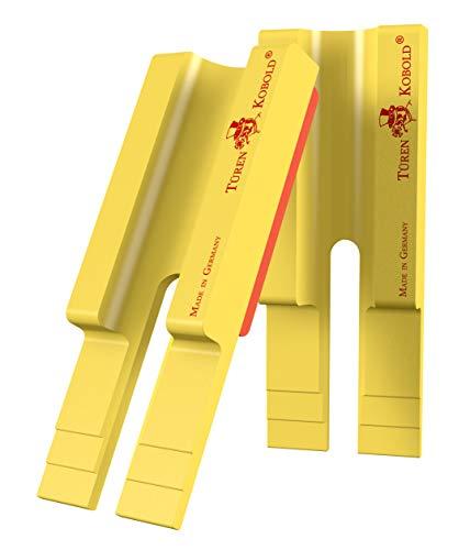 TÜREN KOBOLD als TWIN SET – Die ultimative Einhänge-Hilfe für Zimmertüren, mit nur 9x3,2x1,3 cm und 16 g je Türen Kobold. Siehe auch You Tube.