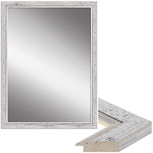 WANDStyle Spiegel Shabby Chic und Vintage Stil I Außenmaß: 67x87cm I Farbe: Weiß I weißer Wandspiegel aus Holz I Made in Germany I H660