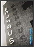 ポスター バウハウス schriftzug am bauhaus dessau 額装品 ウッドベーシックフレーム(ブラック)