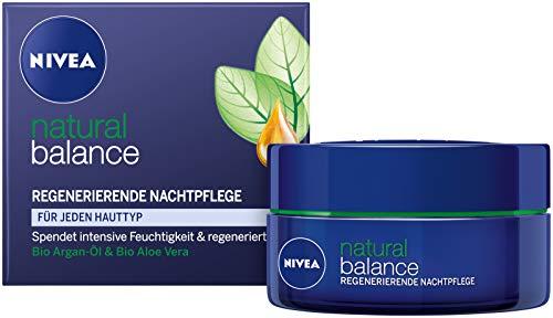 Nivea Natural Balance Regenerierende Nachtpflege, 1er Pack (1 x 50 ml), spendet intensive Feuchtigkeit, Nachtcreme für jeden Hauttyp