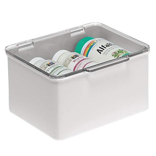 mDesign Cajón de plástico sin BPA – Caja con tapa de diseño apilable, ideal para organizar la cocina, la habitación infantil o el baño – Cajas de ordenación multiusos – gris claro y transparente