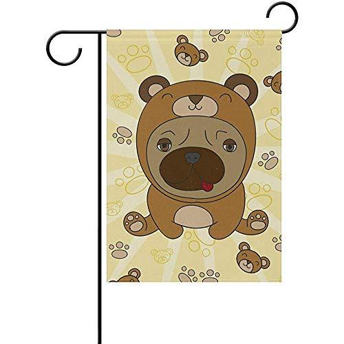 N\A Schöner Mops mit Bärenkostüm Gartenflagge Doppelseitig, Haushofflagge, Feiertagssaisonale Außenflagge 12,5 x 18 Zoll