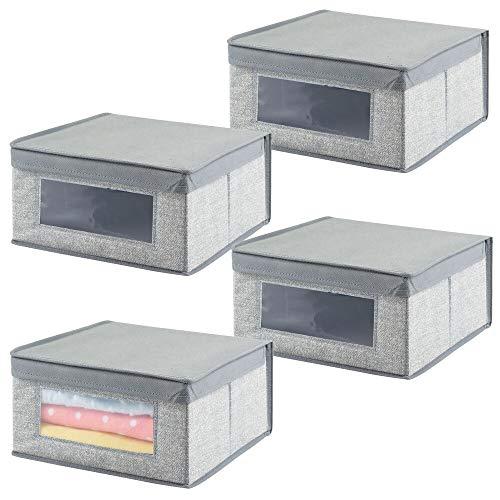 mDesign 4er-Set Stoffbox mittelgroß – Kinderzimmer Aufbewahrungsbox aus Stoff – ideal zur Ablage von Babykleidung, Decken, Lätzchen und Co. – Schrankbox mit praktischem Deckel und Sichtfenster – grau