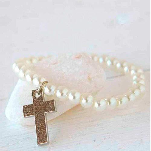 Pulsera de perlas blancas con cruz de metal. Lote de 12 unidades. Detalles para invitadas una Comunión.