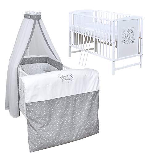 Baby Delux Babybett Komplett Set Kinderbett Mia weiß 120x60 Bettset mit Stickerei Matratze in vielen Designs (Sweet Dreams)
