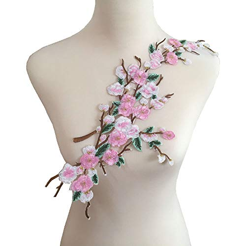 1pcs Quince Sakura Flower Embroidery Iron On Applique Patch (Light Pink)