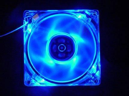 Logisys LT400BL - Ventilador de caja con luz azul (80 mm, 3/4 pines)