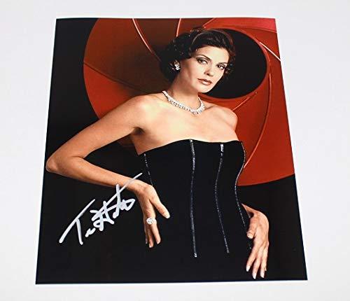 Tomorrow Never Dies 007 Bond Girl Sexy Teri Hatcher Signed Autographed 8x10 Glossy Photo Loa