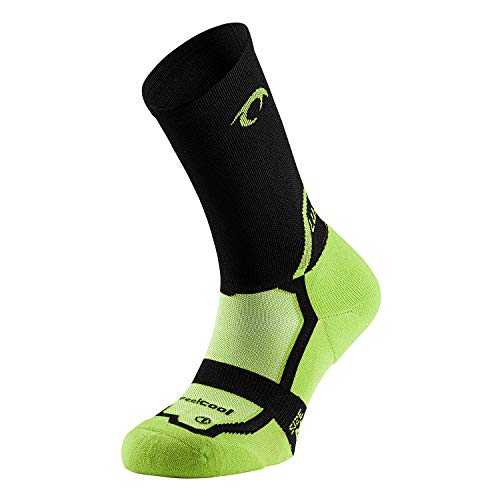LURBEL Competicion Rival, Calcetines de Running, Calcetines transpirable y Anti-olor, Calcetines de correr, Calcetines sin costuras, Calcetines Unisex. (PISTACHO - NEGRO, GRANDE - L)