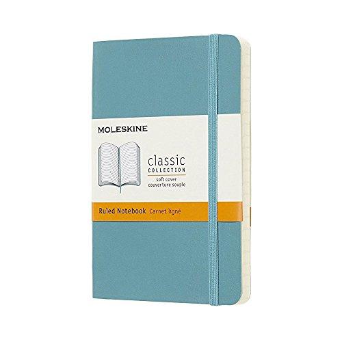 Moleskine Classic Notebook, Taccuino a Righe, Copertina Morbida e Chiusura ad Elastico, Formato Pocket 9 x 14 cm, Colore Azzurro Blu Reef, 192 Pagine
