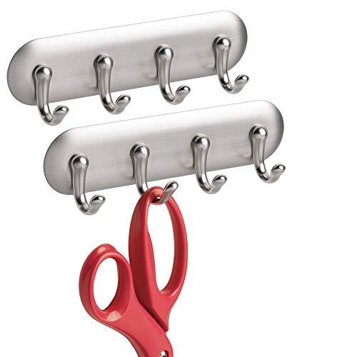 mDesign 2er-Set AFFIXX Schlüsselbrett – starke selbstklebende Schlüsselleiste mit 4 Haken für Küche, Büro, Flur, Eingangsbereich – kleine Klebeleiste aus Kunststoff mit Nickeloptik – silber
