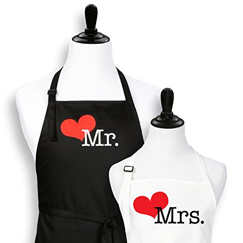 Mr. And Mrs. Aprons Est. 2017 with Heart Wedding Gift for Couples (2017)