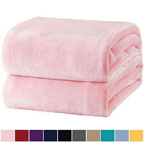 Bedsure Manta para Sofas de Franela 150x200cm - Manta para Cama 90 Reversible de 100% Microfibre Extra Suave - Manta Rosa Transpirable